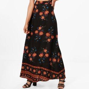 NWOT Boohoo Boho Black Floral Maxi Skirt